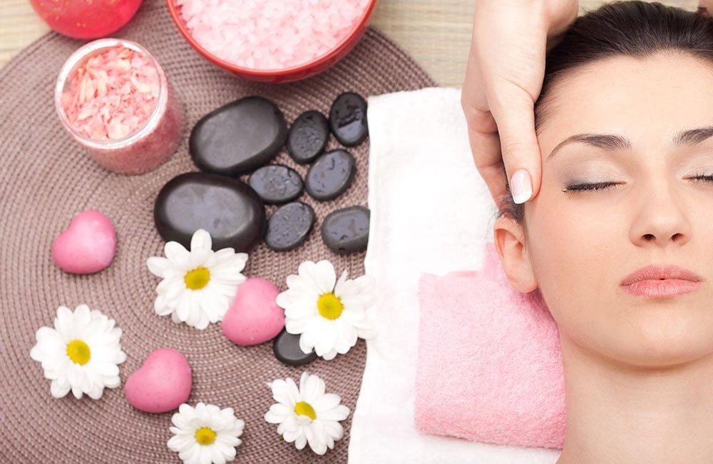 Relájate y cuida de tu salud con nuestros masajes corporales. El masaje corporal es probablemente el tratamiento terapéutico más antiguo y la manera más natural y sencilla de combatir dolencias relacionadas con la musculatura, los hábitos posturales y los problemas circulatorios, entre otros.