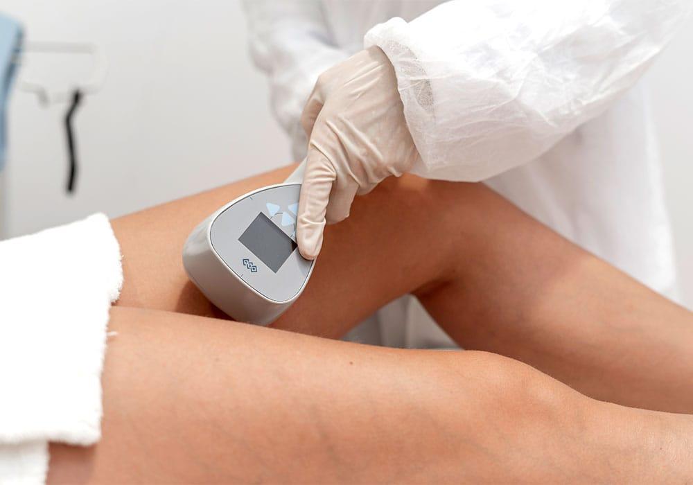 Elimina la flacidez en las piernas con tratamientos no invasivos en Carmen Sarmiento